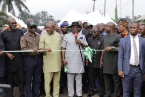 Governor Okezie Ikpeazu has commissioned the first phase of the newly constructed AMAOJI JUNCTION-ABAYI- ISI COURT ROAD in Isiala Ngwa North LGA